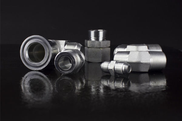 Captive-Seal-Adapter-Fittings